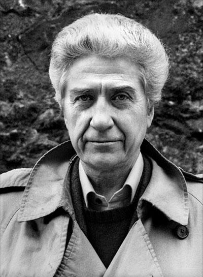 法国电影导演阿伦·雷乃去世,享年91岁