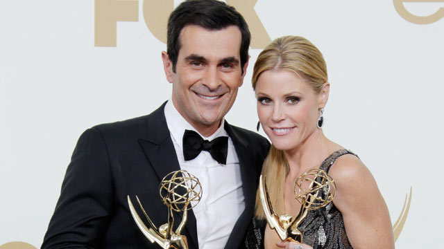 《摩登家庭》主演Ty Burrell & Julie Bowen将主持公告牌音乐大奖