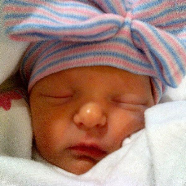 吉米·肥伦(Jimmy Fallon)女儿温妮·罗丝·法伦(Winnie Rose Fallon)照片