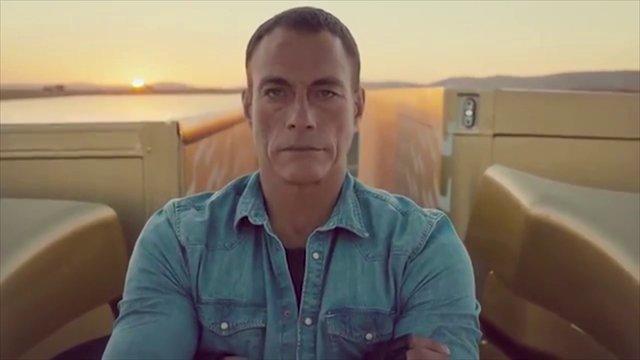 尚格·云顿(Jean-Claude Van Damme)沃尔沃卡车广告《The Epic Split》