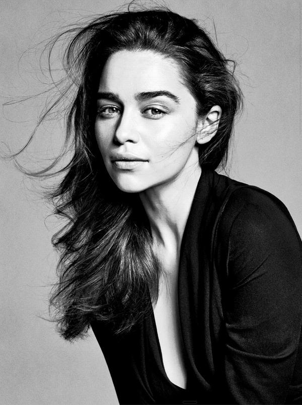"""""""龙女""""艾米莉娅·克拉克确认出演新《终结者》""""莎拉·康纳""""一角"""