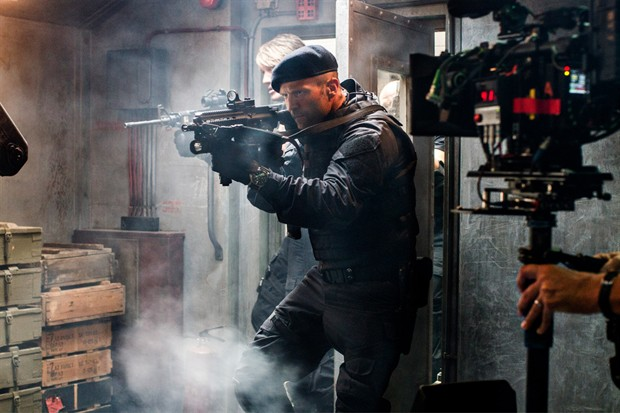 《敢死队3》(The Expendables 3)曝幕后片场照