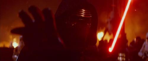 《星球大战:原力觉醒》全新中文预告 哈里森·福特重磅回归黑武士头盔惊现