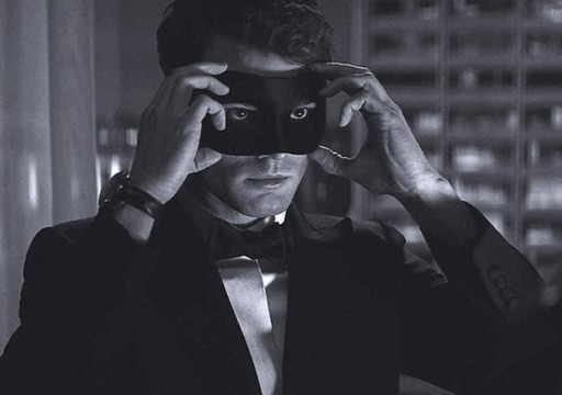 《五十度黑》曝先行版预告片 影片或将明年初开拍