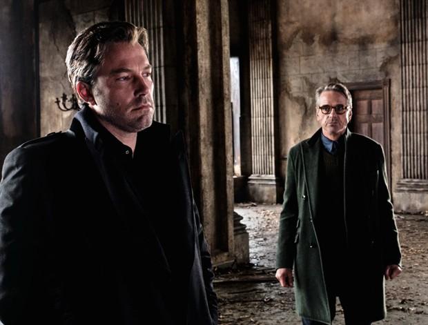 曝本·阿弗莱克将演三部《蝙蝠侠》 两部新片推迟上映