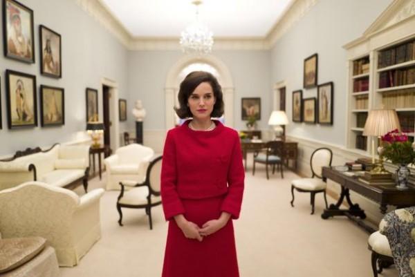 娜塔丽·波特曼(Natalie Portman)出演杰奎琳·肯尼迪造型曝光