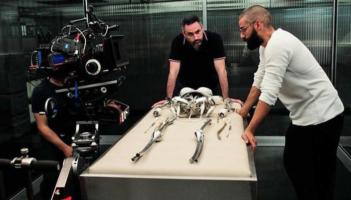 奥斯卡·艾萨克(Oscar Isaac)加盟《机器姬》导演新片《遗落的南境》