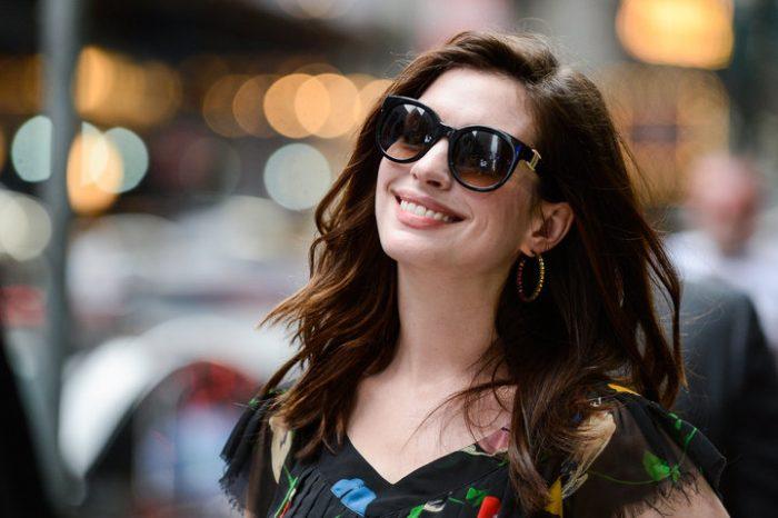 安妮·海瑟薇(Anne Hathaway)确认参演真人电影《芭比》