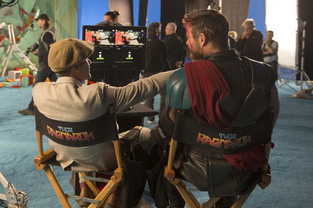 《雷神3:诸神黄昏》(Thor: Ragnarok)曝光首款幕后特辑