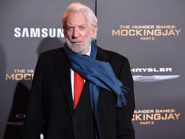 """唐纳德·萨瑟兰(Donald Sutherland)等获颁奥斯卡""""终身成就奖"""""""