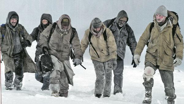 《人狼大战》先行版预告曝光 连姆·尼森荒野求生