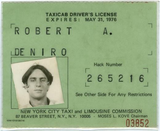 罗伯特·德尼罗为电影《出租车司机》获得的出租车驾照