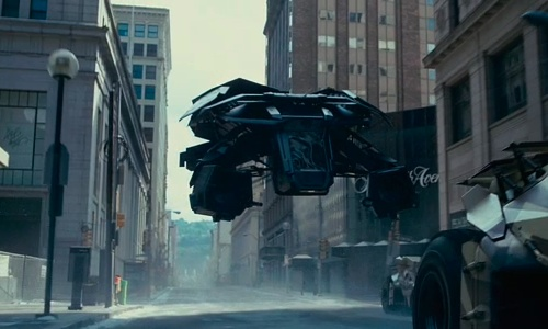 """《黑暗骑士崛起》蝙蝠侠飞行器取名""""蝙蝠之翼"""""""