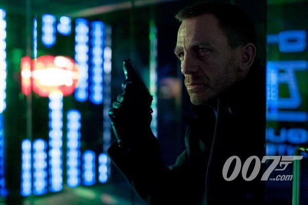 《007之天幕坠落》首张剧照:邦德在上海!