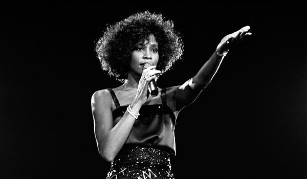 歌坛天后惠特尼·休斯顿(Whitney Houston)去世,终年48岁