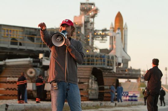 《变形金刚4》2014年6月29日上映,将继续由迈克尔·贝执导