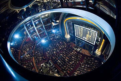 太阳马戏团将在第84届奥斯卡颁奖典礼上演出
