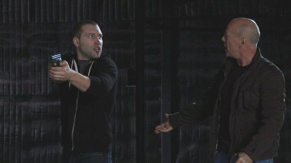 宰·康特尼(左)与布鲁斯·威利(右)在试镜现场