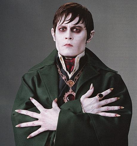 波拿巴·柯林斯(Barnabas Collins)——约翰尼·德普(Johnny Depp)