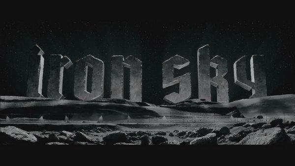 《钢铁苍穹》Iron Sky 开场4分钟高清片段