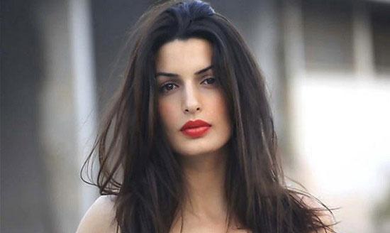 007《天幕坠落》(Skyfall)新添一位希腊邦女郎