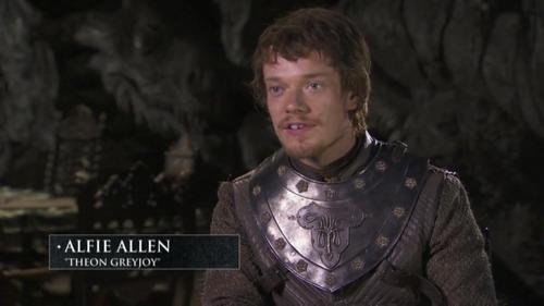 《权力的游戏》第二季 主演介绍角色Theon Greyjoy