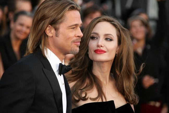布拉德·皮特(Brad Pitt)与安吉丽娜·朱莉(Angelina Jolie)订婚