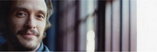 """约翰尼德普新片《暗夜追踪者》确定编剧 """"高度忠诚""""编剧D·V·蒂文斯提斯执笔"""