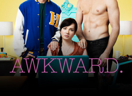 MTV预订《尴哩个尬》(Awkward)超长第三季