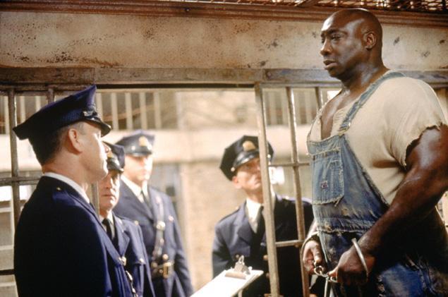 《绿里奇迹》主演迈克尔·克拉克·邓肯(Michael Clarke Duncan)因心脏病去世