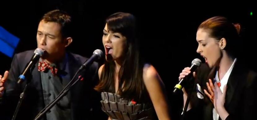 囧瑟夫和安妮海瑟薇合唱法语歌