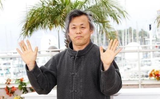 白发金基德亮相戛纳新作编导演唱一人全搞定