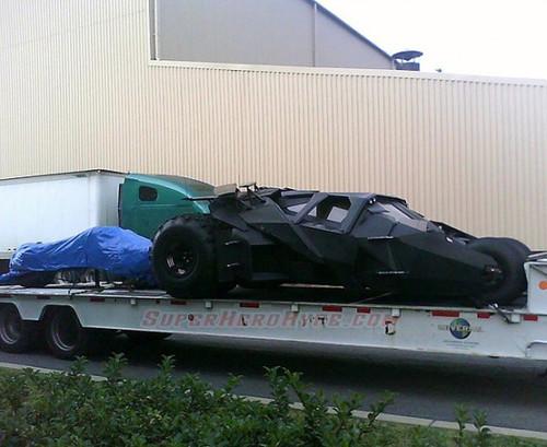 《黑暗骑士崛起》片场照 蝙蝠侠战车起死回生