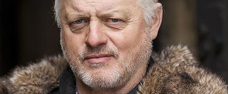 《冰与火之歌》第2季再添新演员Robert Pugh饰演卡斯特
