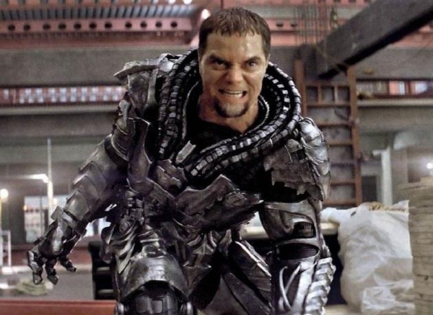 《超人:钢铁之躯》(Man of Steel)3分钟终极版预告 终见打斗爆炸场面