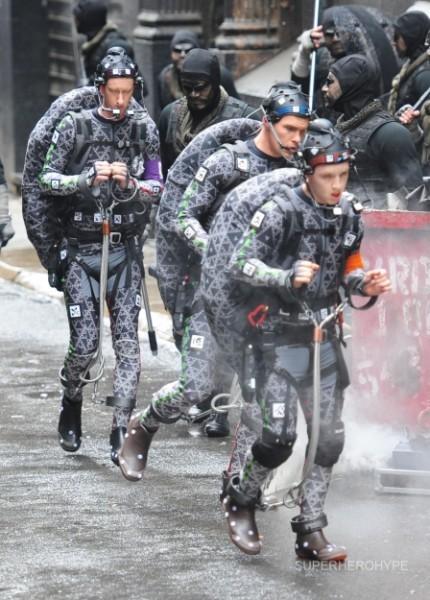 迈克尔·贝监制真人版《忍者神龟》拍摄现场照 梅根·福克斯造型曝光