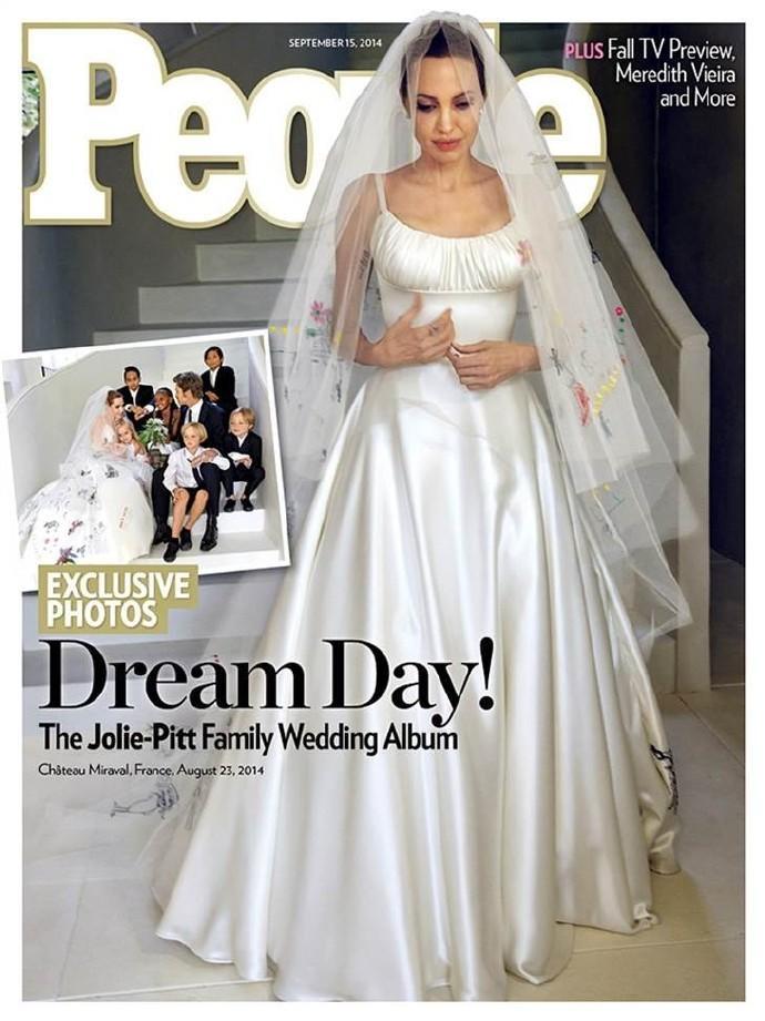 朱莉皮特婚纱照曝光 短暂蜜月后朱莉已复工拍摄新片