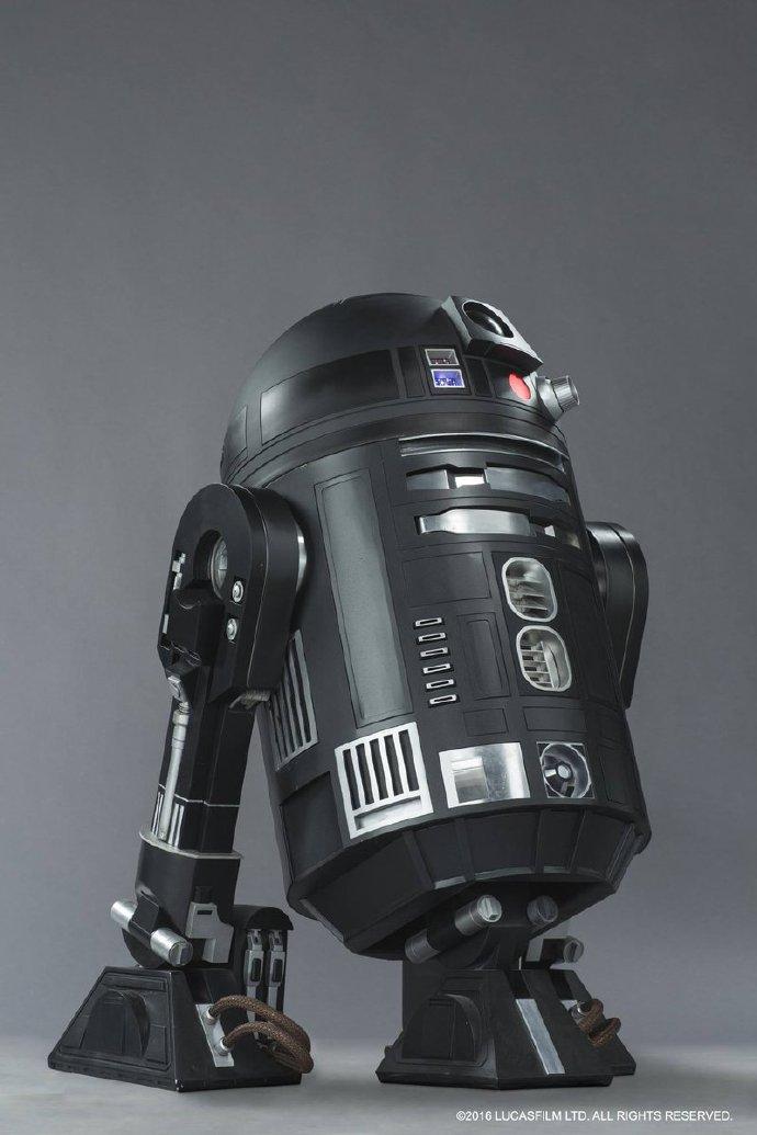 《侠盗一号》曝新机器人形象 帝国新款维修机器人C2-B5造型类似R2-D2