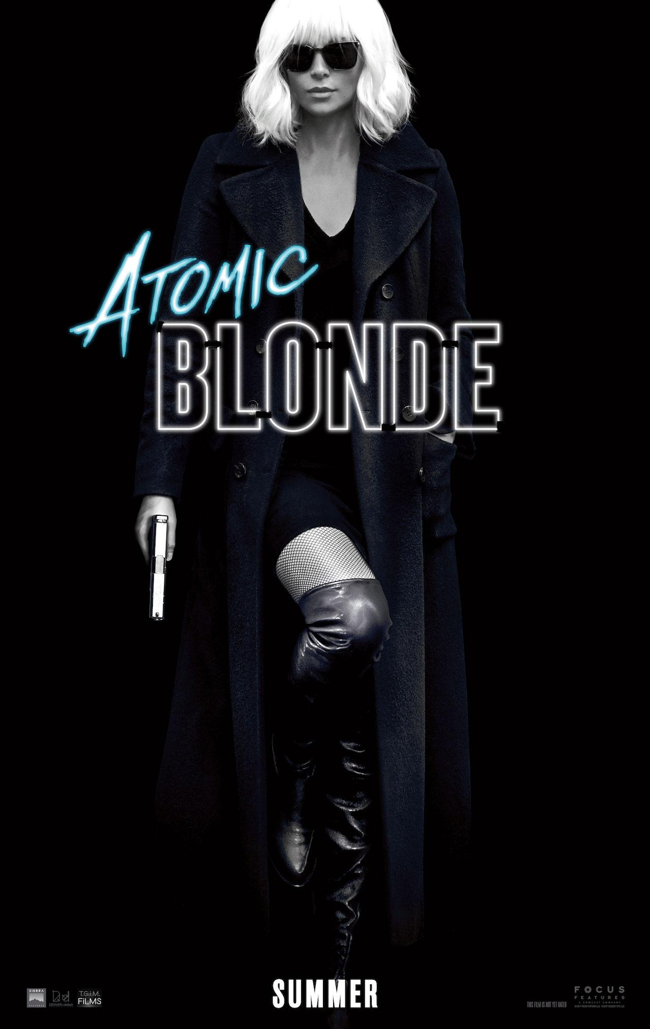 查理兹·塞隆 白发造型亮相《极寒之城》海报