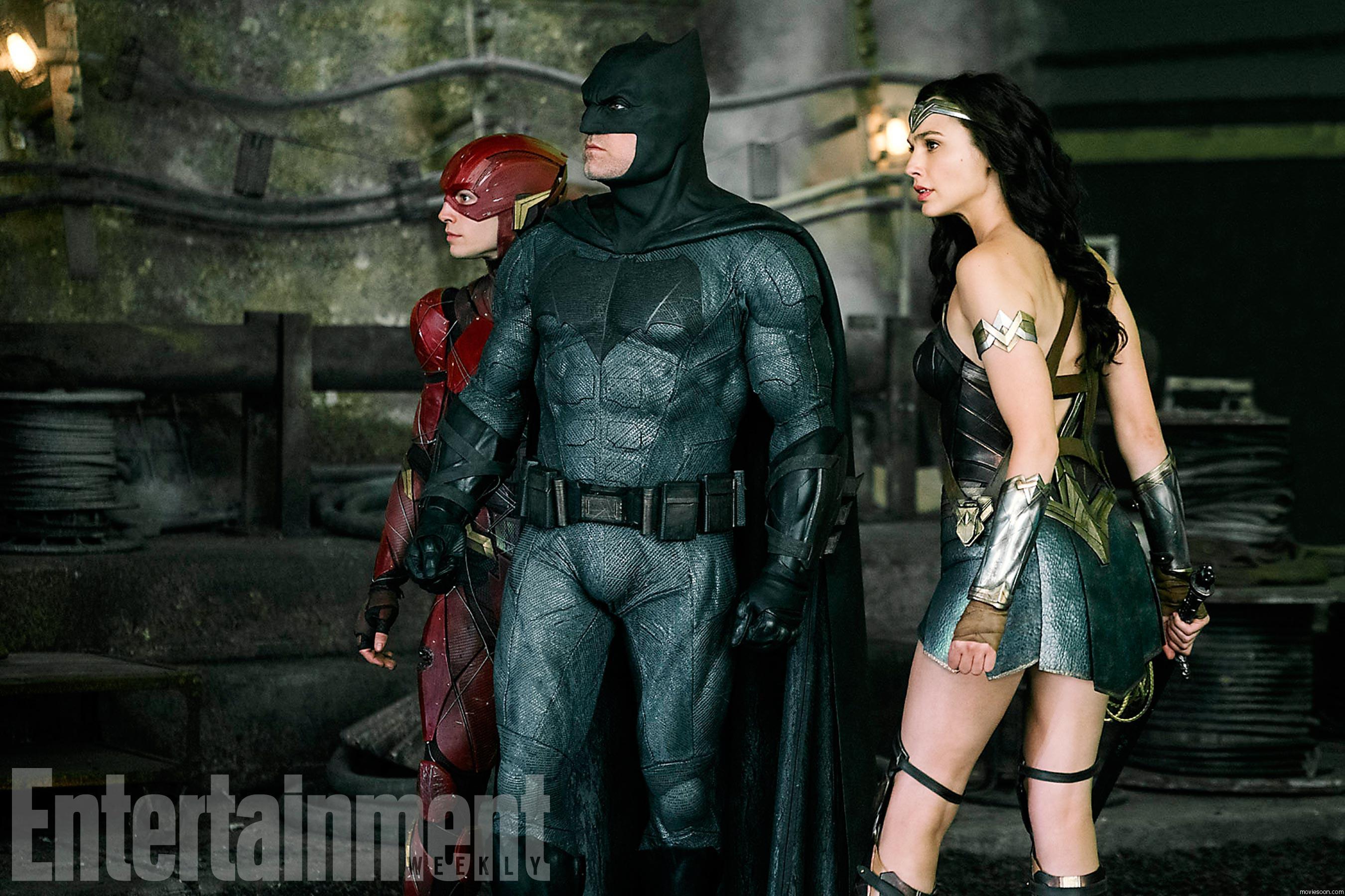 《娱乐周刊》曝光了《正义联盟》(Justice League)最新剧照