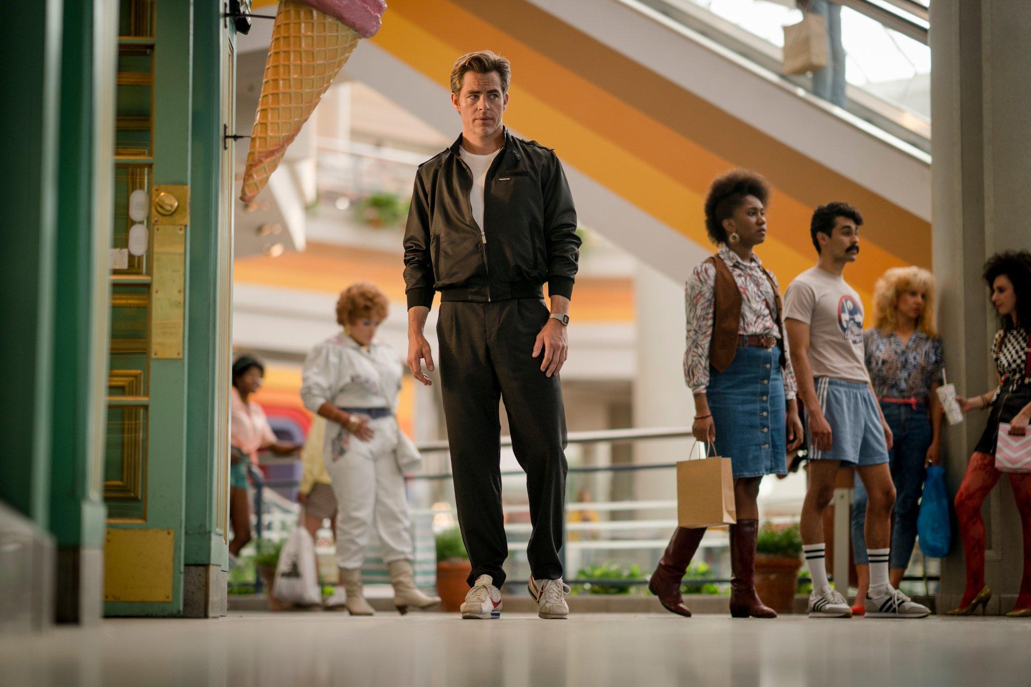 《神奇女侠2》剧照:欢迎来到1984