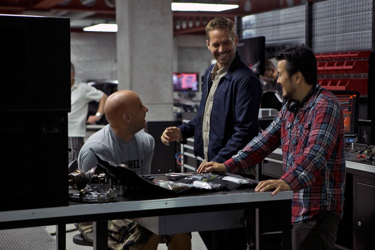 《速度与激情6》(The Fast and the Furious 6)新曝片场照 点击查看大图