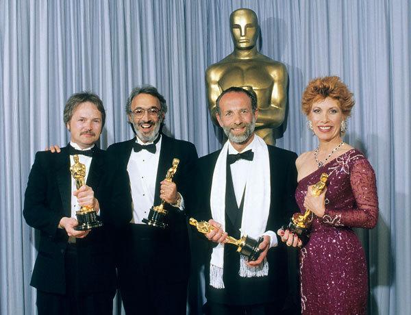 1987年的第59届奥斯卡奖颁奖典礼上,左起:罗伯特•斯科塔克、斯坦•温斯顿、约翰•理查森、苏姗妮•本森。