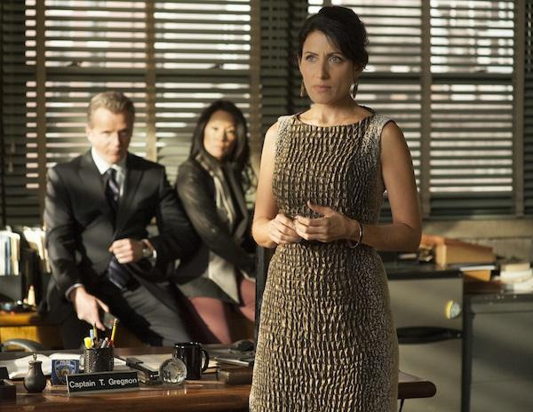 《豪斯医生》女星Lisa Edelstein客串《Elementary》剧照曝光