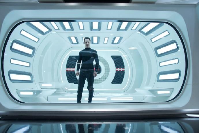 《星际迷航:驶入黑暗》(Star Trek Into Darkness)官方高清剧照首度曝光