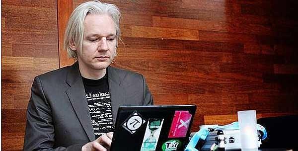 """""""维基解密""""创始人朱利安·保罗·阿桑奇(Julian Paul Assange) 本人照片"""