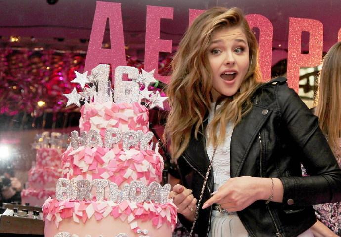 《TeenVogue》为科洛·莫瑞兹(Chloe Moretz)提前庆生 帅气萝莉将满16岁