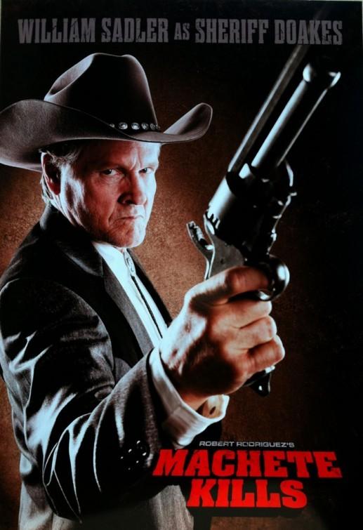 《弯刀杀戮》(Machete Kills)首曝预告 丹尼·特乔对战火爆胸器