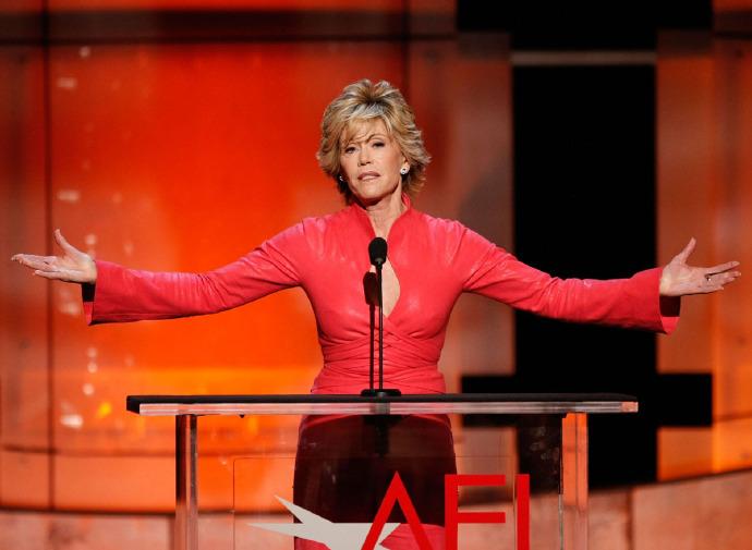 简·方达(Jane Fonda)获AFI终身成就奖 父亲亨利方达曾获此奖