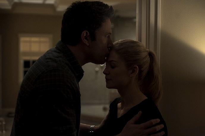"""《消失的爱人》曝光最新片场照 阿弗莱克自称是""""最好的约会电影"""""""